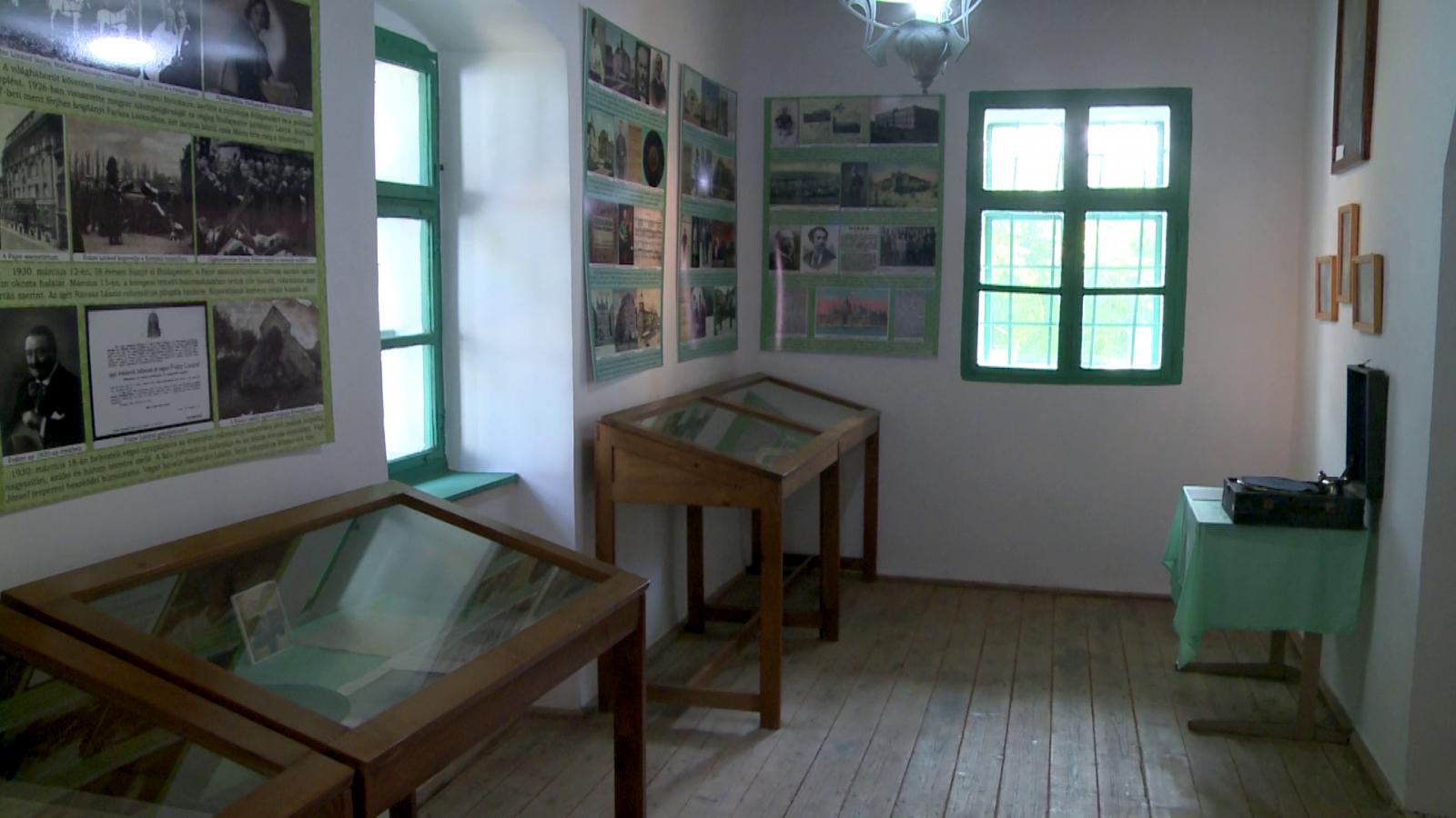 A Fráter Lóránd-szoba, ahol a család és leszármazottak jóvoltából több személyes tárgy is megtalálható